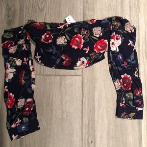 brand new floral long sleeved crop top